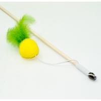 Дразнилка-удочка Мячик с перьями 50см деревянная палочка (Кот Лукас)